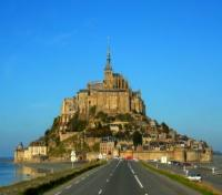 Drive to Mont Saint Michel