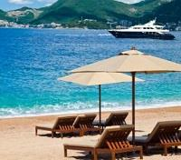 Sveti Stefan Beach Time