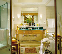 Bathroom at the Four Seasons Nile Plaza