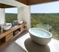 Southern Ocean Lodge Bathtub View
