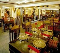 Arabian Courtyard Hotel & Spa Dining