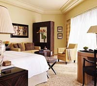 Four Seasons Hotel Room