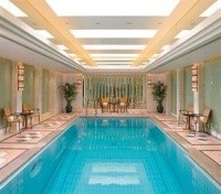 Central Mandarin Oriental Pool