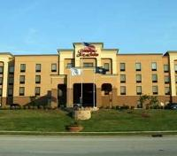 Hampton Inn East Exterior