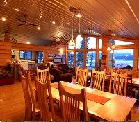 Ultima Thule Lodge Dining