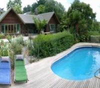 Farmstay - Pool