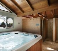 Sauna/Hot Tub