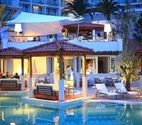 Hotel Amfora Pool Lounge