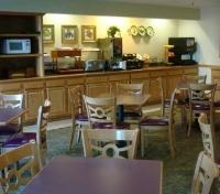 The Country Inn & Suites - Breakfast Room