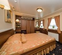 Deluxe Junior Suite