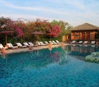 Tharabar Gate Hotel Pool