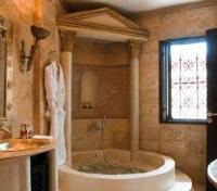 Gladiator Suite Shower