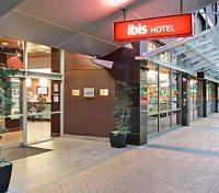 Ibis Wellington Entrance