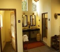 Shergarh Tented Camp Bathroom