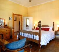 Mimosa Lodge Room