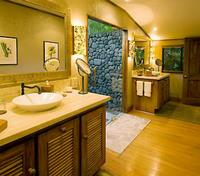 Ocean Bure Bathroom
