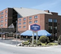 Hampton Inn Niagara Falls - At the falls