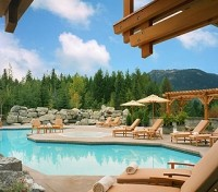Four Seasons Resort Whistler Pool