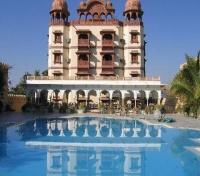 Jagat Palace Pool