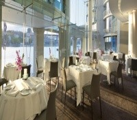 Quay Grand Suites Sydney Quadrant Restaurant
