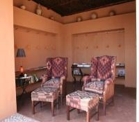 Okahirongo Elephant Lodge - Reading corner