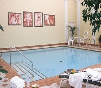 The Sutton Place Hotel Swimming Pool