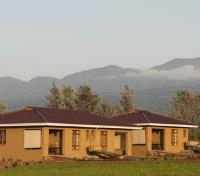 Farm House Valley Lodge