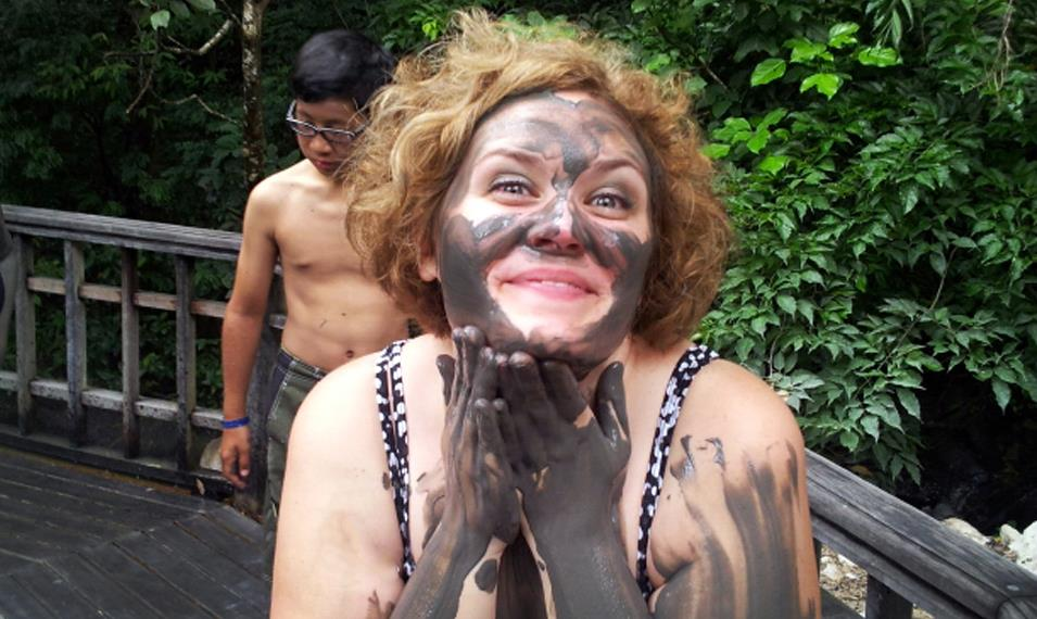 Rejuvenate with volcanic mud baths and face masks.