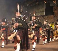 Edinburgh Military Tattoo Tours 2017 - 2018 -  Scottish pipe band