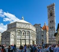 Indulgent Italy Tours 2019 - 2020 -  Cathedral Square