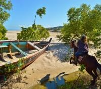 Mozambique Beaches Tours 2018 - 2019 -  Horseback Riding
