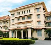 Heart of Cambodia Tours 2017 - 2018 -  Raffles Hotel Le Royal