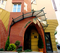 Budapest Tours 2017 - 2018 -  Hotel Corvin