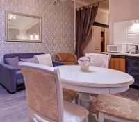 St. Petersburg Tours 2017 - 2018 - 2-Bedroom Family Apartment
