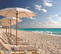 Cancun Tours 2017 - 2018 -  Beach at Beach Palace Hotel