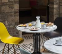 Budapest Tours 2017 - 2018 - Breakfast in Courtyard