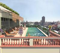 Barcelona Tours 2017 - 2018 - Swimming pool