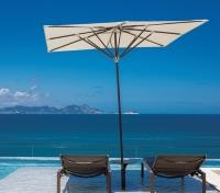 Brazil Signature Tours 2020 - 2021 -  Emiliano Hotel Rooftop Seating