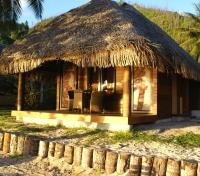 Huahine Tours 2017 - 2018 - Deluxe Beach Bungalow