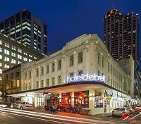 New Zealand & Fiji Signature Tours 2018 - 2019 -  Hotel Debrett
