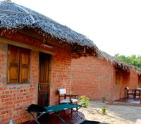 Page 2 of our catalog of Madagascar hotels
