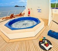 Galapagos Cruise Tours 2017 - 2018 - Sundeck and Jacuzzi