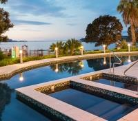 New Zealand: Tip to Tip  Tours 2020 - 2021 -  Paihia Beach Resort & Spa Swimming Pool