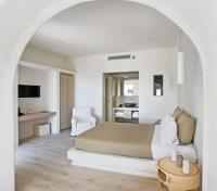 Santorini Tours 2017 - 2018 - Executive Suite