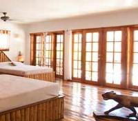 Belize Cayes Tours 2017 - 2018 - Colonial Suite