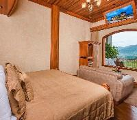 Arenal Tours 2017 - 2018 - Three Bedroom Springs Suite