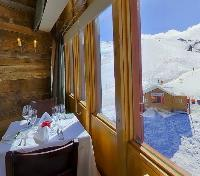 Valle Nevado Tours 2017 - 2018 -  Valle Nevado Dining View