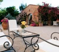 Indulgent Italy Tours 2018 - 2019 -  Outdoor Lounge