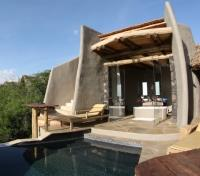 Kenya Exclusive Tours 2019 - 2020 -  Pool Suite Villa