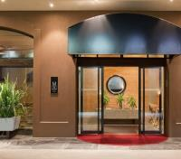 New Zealand: Tip to Tip  Tours 2020 - 2021 -  Hotel Entrance